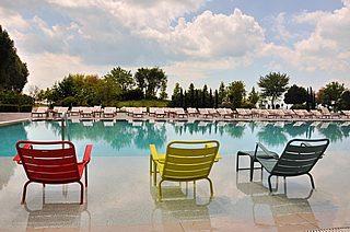 http://sancristobalenergiasolar.com/wp-content/uploads/2015/06/servicio_de_piscinas-320x212.jpg